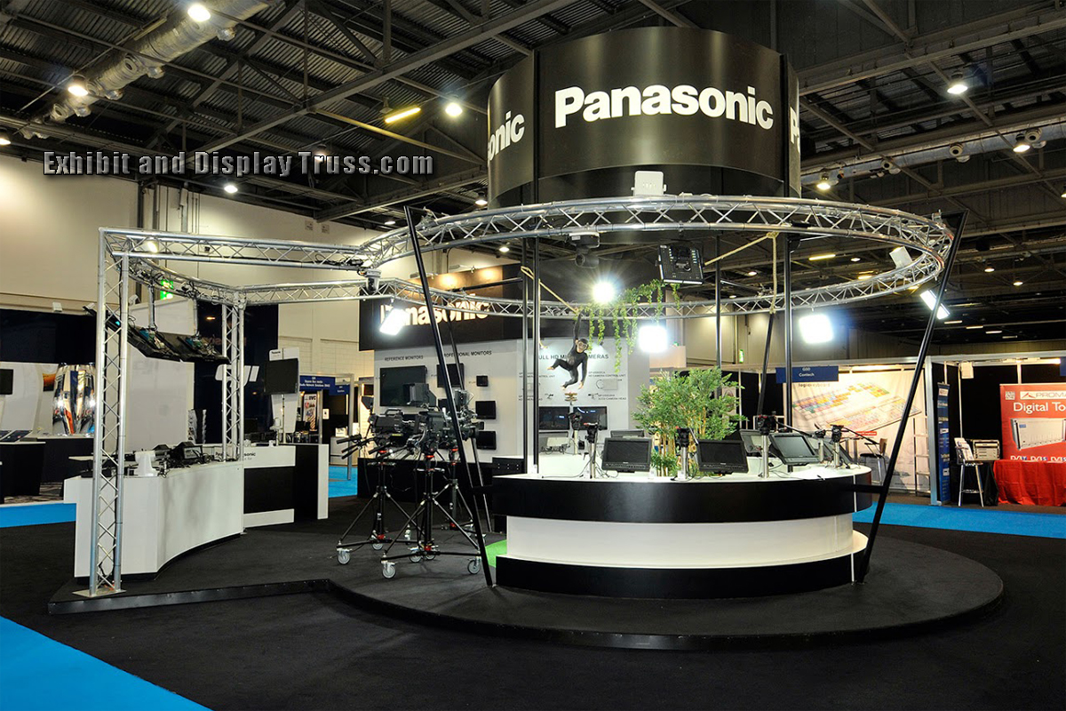 Exhibition Booth Lighting : Photo gallery of exhibition exhibits and display booths