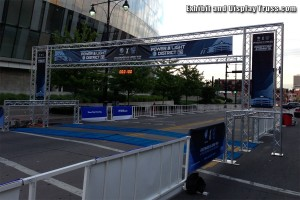 This very wide FL-7 finish line structure can scale up or down in size as needed. Great value for any race director as it allows them to safely provide the perfect finish line for any event or marathon race.